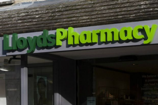 Lloyds teams have been told to direct patients requiring an NHS flu jab to alternative providers